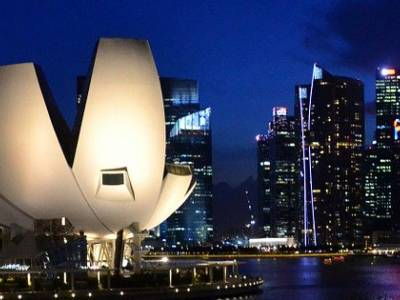 Singapore's Business Schools Stand to Gain from Hong Kong Protests