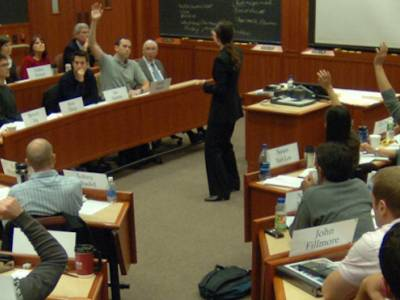 Should Harvard Business School's Case Method Be Scrapped in MBAs?