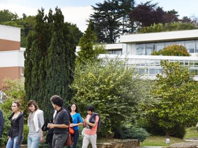 Durham and EMLyon Launch Joint DBA Program