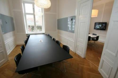 AVT Business School- Meeting Room