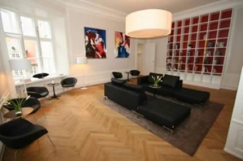 AVT Business School- Lounge