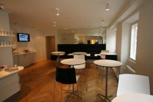 AVT Business School- Dining area