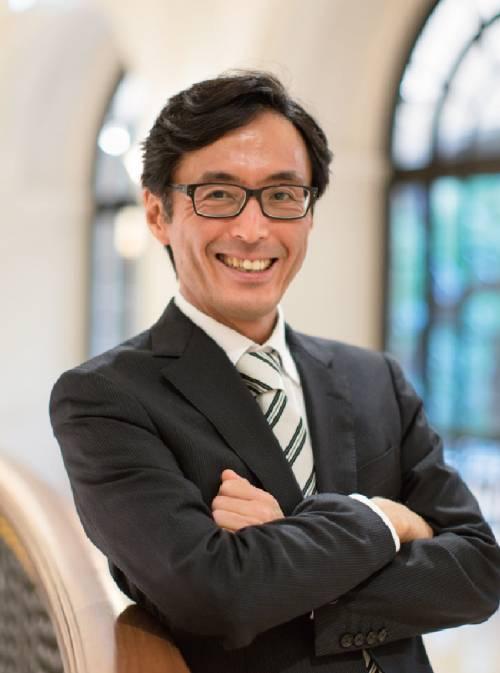Dr. Seiichiro Iwasawa, Ph.D in Economics, Harvard University