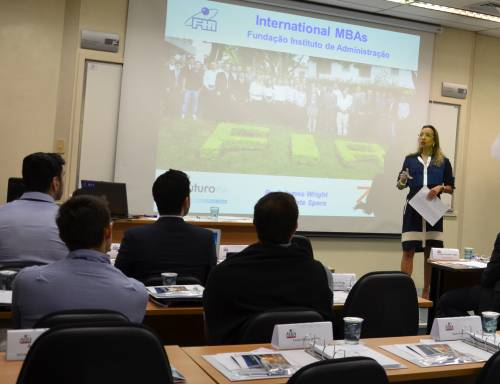 Professor Renata Spers - Director of International MBAs - Class